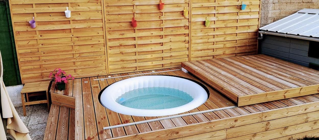 Tuto : ce bricoleur a fabriqué une terrasse en bois pour son spa gonflable