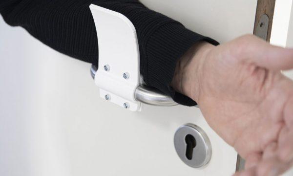 Covid-19 : Imprimez en 3D cette poignée pour ouvrir les portes avec le coude