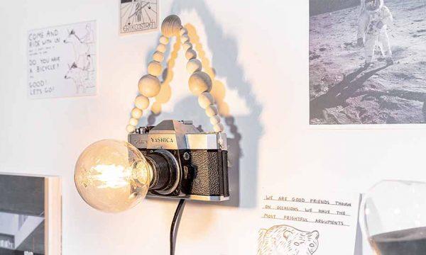 Tuto : Fabriquez une lampe originale avec un vieil appareil photo