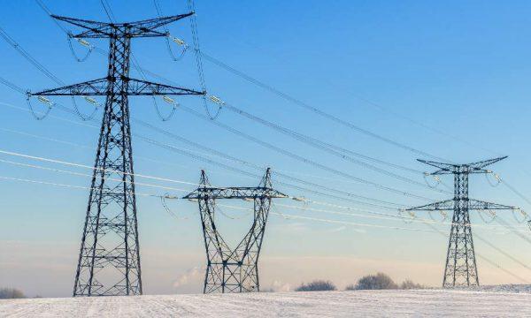 Pourquoi risque-t-on des coupures d'électricité cet hiver (et comment les éviter) ?