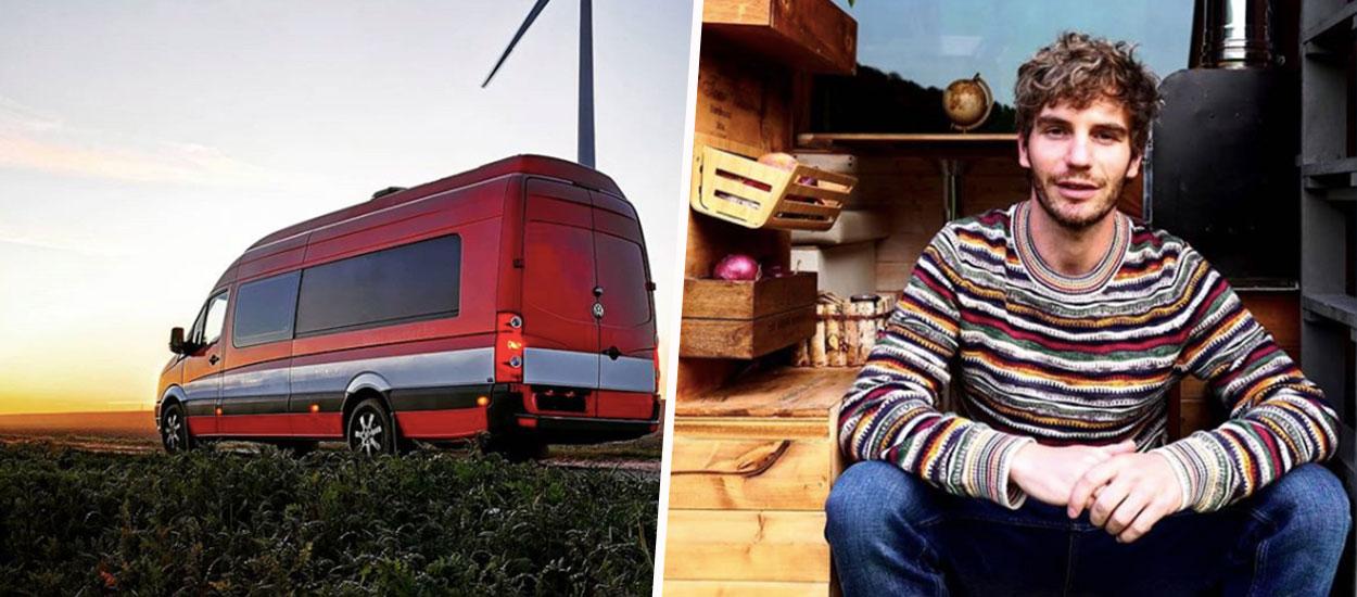 À 33 ans, Raphaël vit dans son van aménagé toute l'année et sillonne les routes de Belgique