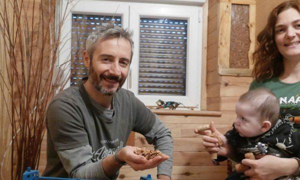 Ce couple d'Alsaciens a isolé sa maison avec 34 000 bouchons de liège