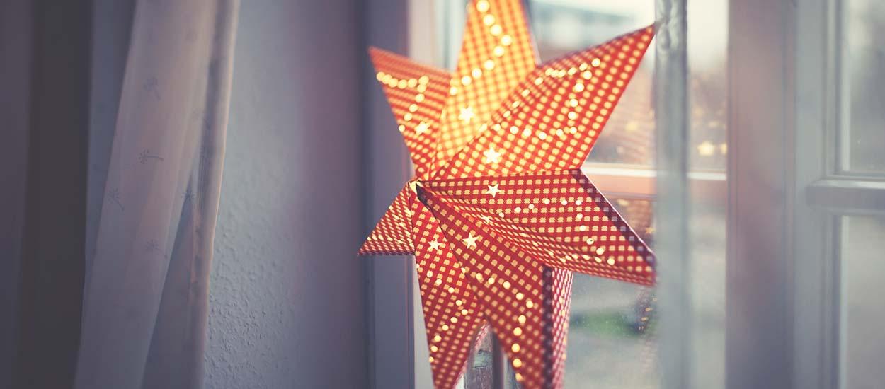 Tradition de Noël : Pourquoi les Suédois accrochent-ils une étoile lumineuse à leur fenêtre ?