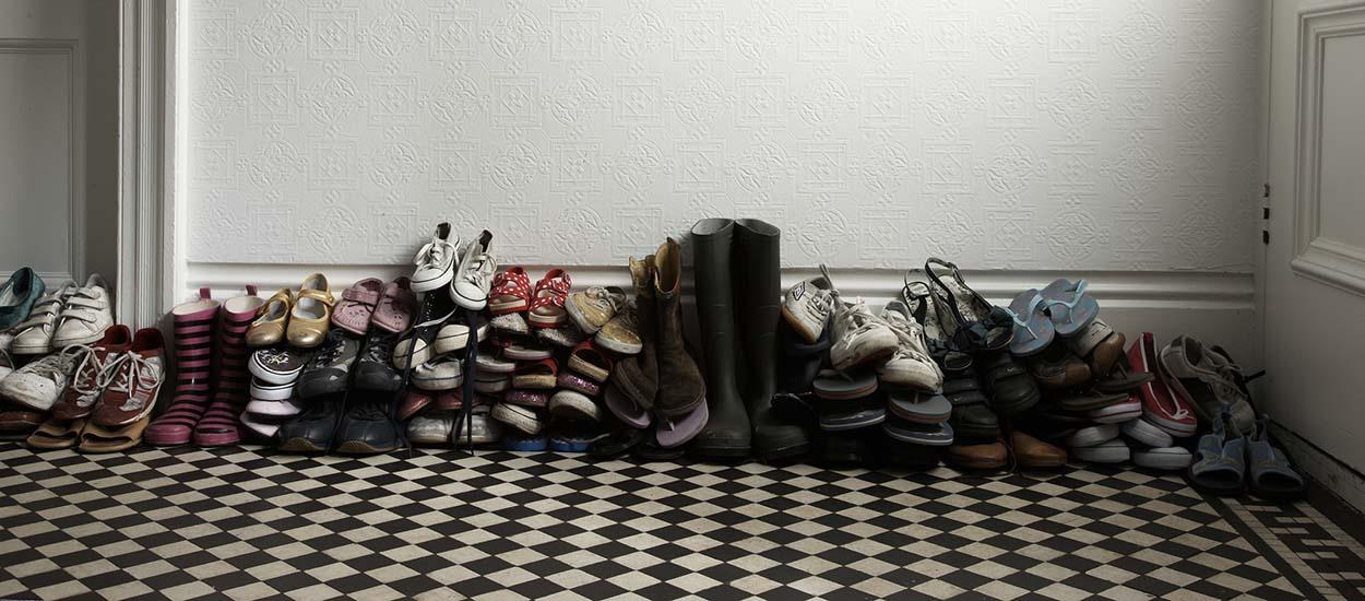 Faut-il enlever ses chaussures quand on arrive à la maison ?