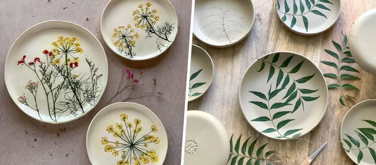 Admirez le travail de cette artiste qui utilise des fleurs pour décorer ses poteries