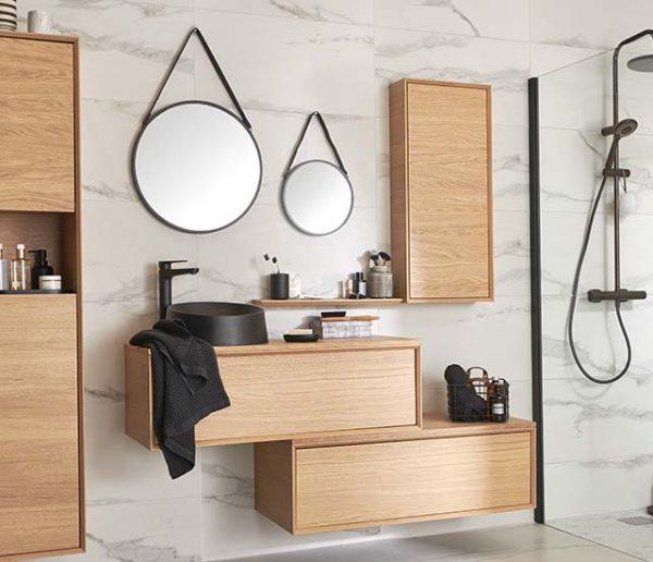 Nos idées à piquer à cette salle de bains chic effet marbre