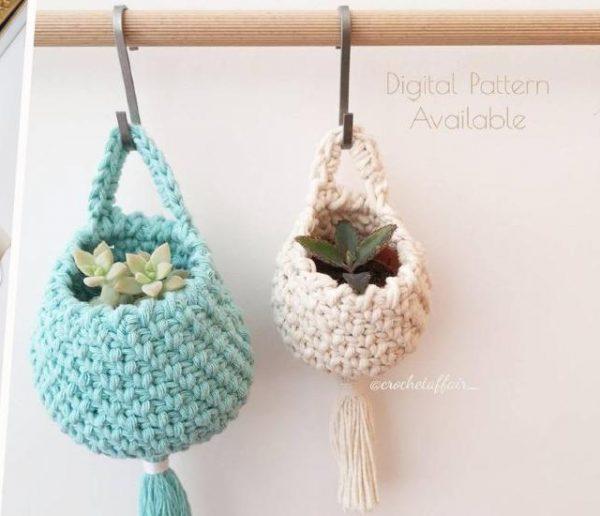 Recyclez vos tee-shirts en pelotes de trapilho et tricotez plein d'objets déco