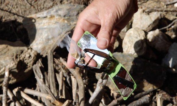 Cette invention primée au concours Lépine permet d'allumer (facilement) un feu grâce au soleil !