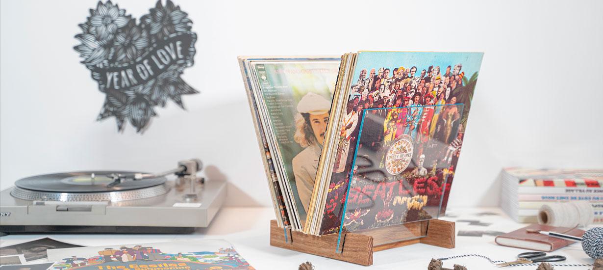 Tuto : Réalisez un support pratique et design pour vos disques vinyles
