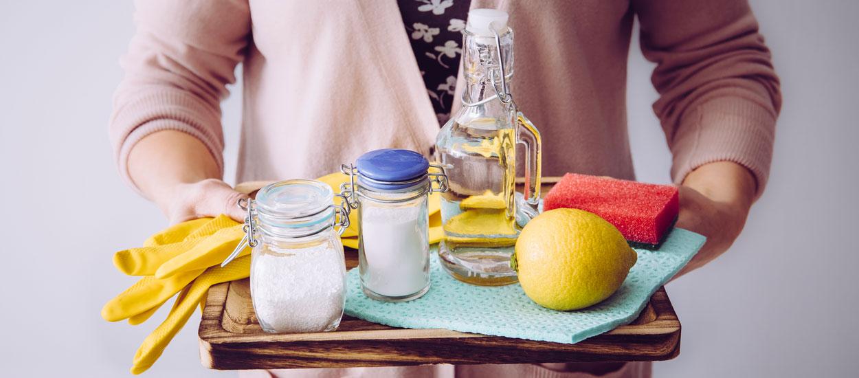 Voici pourquoi mélanger du bicarbonate de soude et du vinaigre blanc ne sert à rien