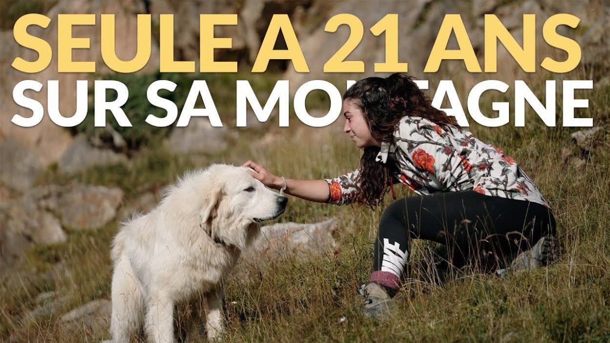 À 21 ans, Mathilde est bergère et vit seule dans une cabane dans les Pyrénées