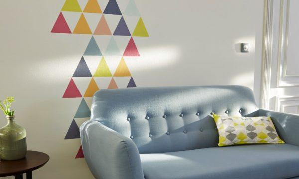 Tuto : Peignez des triangles colorés pour personnaliser un mur