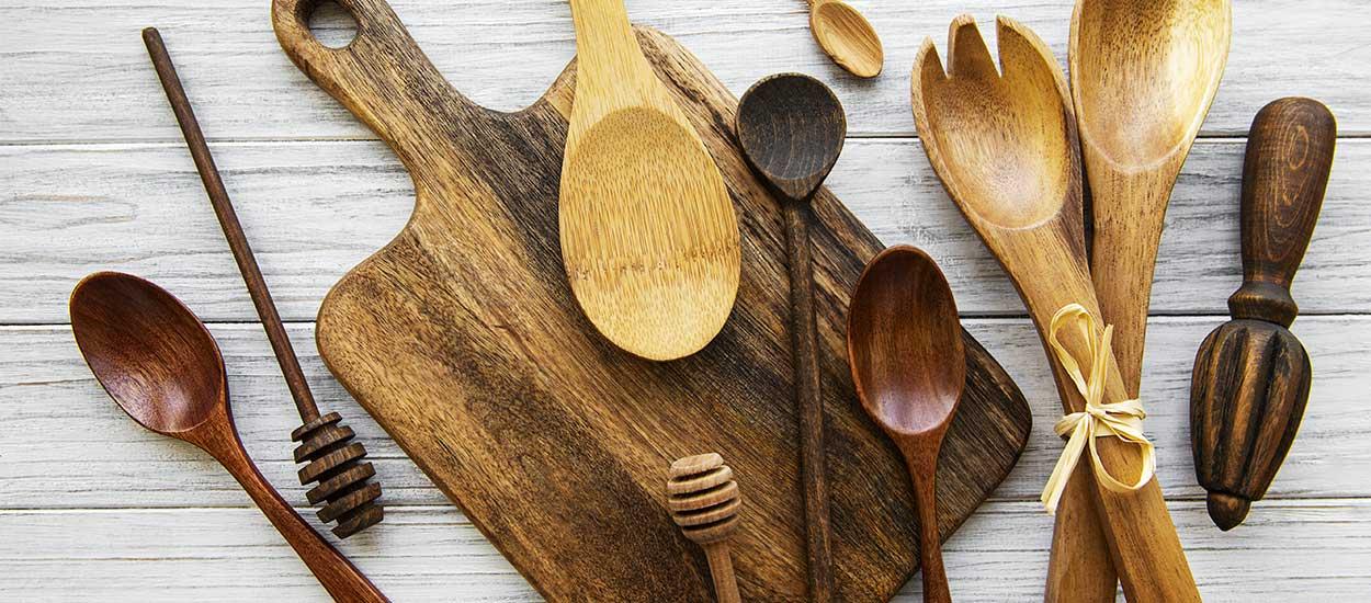 Ménage écolo : comment nettoyer ustensiles de cuisine en bois et planches à découper ?