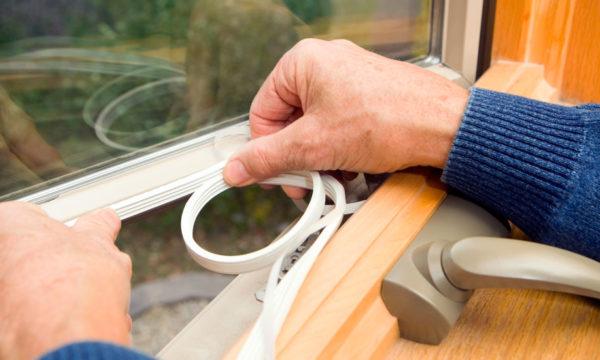 3 astuces pour isoler ses fenêtres du froid sans les remplacer